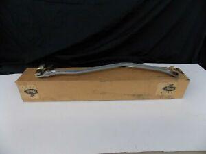 NOS MACK TRUCK WINDSHIELD WIPER LINK GENUINE MACK 33QT450B