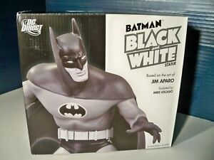 DC Direct Batman Black and White Jim Aparo statue 2236 of 3300