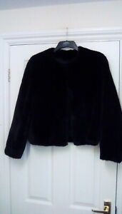 "Vintage Black Cropped Faux Fur Jacket Size M. 40"" bust"