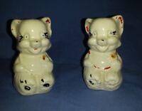 """Vtg Sitting Bib Bear Cat Kitten Salt & Pepper Shakers Cork Plug Cold Paint? 3"""""""