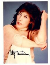 LILY TOMLIN SIGNED 8X10 PHOTO CLOSE UP WHITE PANTS  WITH COA