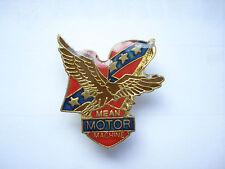 VINTAGE MEAN MOTOR MACHINE AMERICAN TRUCK FLAG MOTORCYCLE CAR BIKE PIN BADGE 99p