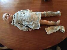 ancienne poupée SFBJ 60 PARIS tete porcelaine avec sa robe époque début XXeme
