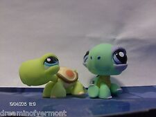 Littlest Pet Shop Dark and Light Green Standing and Sitting Turtles #984