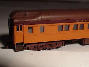 MICRO-TRAINS #141 00 120 MILWAUKEE ROAD HEAVYWEIGHT SLEEPER PASSENGER CAR