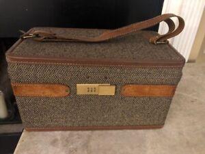 Vintage Hartmann Tweed Leather Train Case Vanity Lockable Bag Excellent Cond.