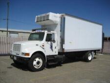 2000 International 20' Box Truck