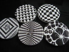 30 Stück Grosse Holz Knopf/Knöpfe  ♥ Knopf MIX schwarz/weiß ♥ 3 cm / 30 mm