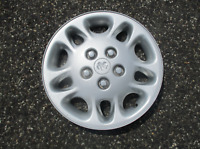 One factory 1996 1997 Dodge Caravan 15 inch hubcap wheel cover