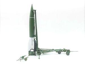 PMA P0309 - Precision Model Art 1/72 German V-2 Rocket - Field Test 1943-1944