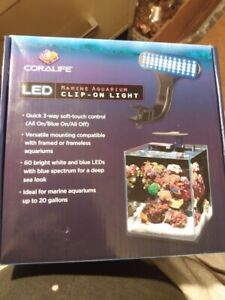 Coralife LED Clip-On Marine Light Fixture For Tanks Up to 20 Gallons NEW IN BOX/