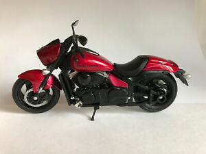 Suzuki Boulevard M90, MotorMax Motorrad Modell 1:18