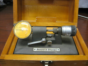 "B & S- BENCH MICROMETER/COMPARATOR-MODEL 245(0- 0.5"")10"