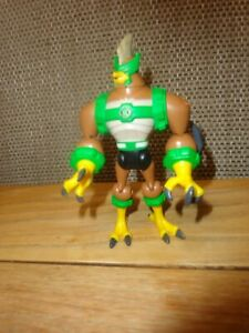 "BEN 10 Ultimate Alien ~ Kickin Hawk 4"" Bandai Action Figure"