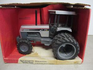 Custom White Farm Equipment Model Workhorse 195 MFWD Toy Tractor, 1/16 Scale