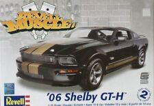 Revell Monogram 4212 2006 Ford Mustang Shelby GT350H  Model Kit 1/25
