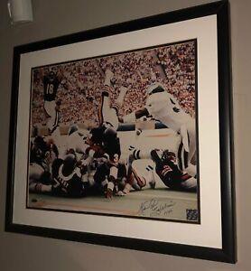 Walter Payton Signed 16x20 photo W/Steiner