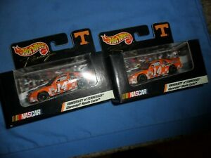 2 LOT #14 Sterling Marlin 1999 Hot Wheels Track Edition University of Tennessee