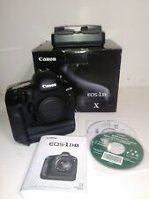 Canon EOS 1DX Body with less than 1000 acuation.