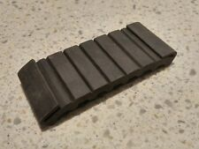 EXCELLENT NOS GENUINE PORSCHE 928 FUEL TANK RUBBER BUFFER NLA