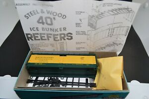 HO Chicago & Northwestern CNW 40' Reefer Northwestern Refrigerator Line NWX 1480