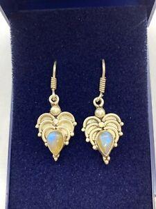 Vintage Sterling Silver Blue Flash Moonstone Dangle Earrings
