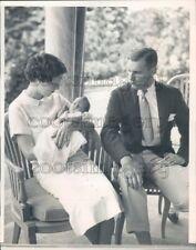 1935 John Jacob Astor III With Wife Charlotte & Newborn Son William Press Photo