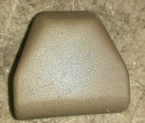 (1) 83-91 Mitsubishi Montero Upper Seat Belt Anchor Bolt Cover Tan