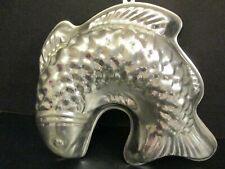 """Fish Shaped Aluminum Jello Mold 9"""""""