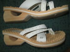 SKECHERS CALI TOE POST WITH DIAMANTES WHITE UK 6 IN GOOD COND