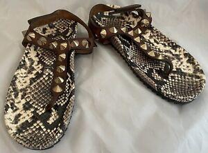 Perdo Garcia Athena reptile print  & brown leather studded thong sandal size 6.5