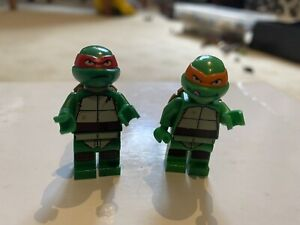 lego teenage mutant ninja turtles Minifigures - Michaelangelo & Raphael