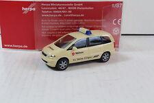 """Herpa 046626 Opel Zafira """"Malteser"""" Neuware. (355)"""