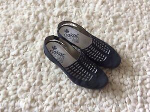Ladies Rieker Antistress Slingback Shoe Size 4