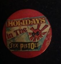 Sex Pistols - Holidays In The Sun - Original Badge 1977