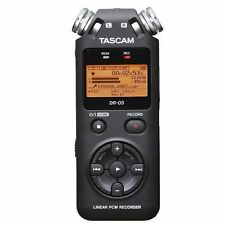Tascam DR-05 Numérique Portable Handheld Audio Enregistreur Vocal + 4 Go Carte SD