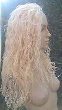 LUCE Bionda Ondulata Ricci Capelli Crespi Puffy 3/4 Half testa parrucca di capelli lunghi Costume