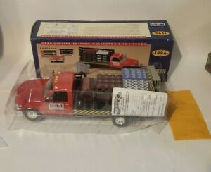 1996 Mobil Gas Toy Truck Chevy Chevrolet Stake Bed Original Box 1:24 Scale