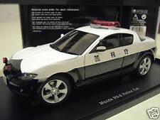 MAZDA RX-8 POLICE CAR blanche et noire au 1/18 AUTOART 75961 voiture miniature