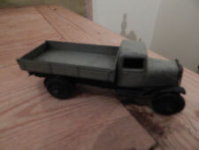 Voitures, camions et fourgons miniatures gris Dinky