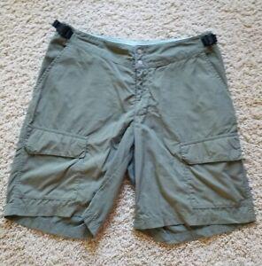 Patagonia Hiking Fishing Casual Travel Nylon Cargo Shorts Women's Size M Green