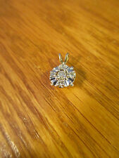 10K YELLOW GOLD 5 DIAMOND PENDANT NO CHAIN APPROXIMATELY 15 POINTS