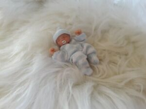 Handmade 1:12 scale dolls house miniature jointed Baby Boy Ooak sculpt baby doll