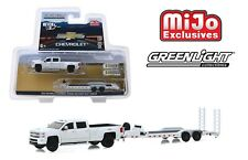 Greenlight 2018 Chevrolet Silverado 3500HD Dually w/ Flatbed Trailer 1/64 51306