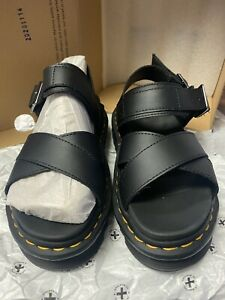 Dr. Martens // Voss II [Black Hydro Leather] #26799001 (W5) *Pre-Owned*