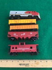 HO Scale Tyco Engine Runs Nice Cars Are Great  Nice Condition (HO3312519)