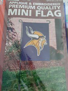 "Minnesota Vikings Mini Flag 15""x10.5"" Heavyweight Nylon Window Flag  Garden Flag"