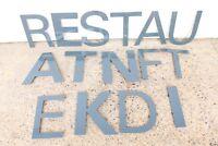 15 Fassaden Buchstaben 33 cm dunkelgrau Helvetica Werbung Wand Lettern