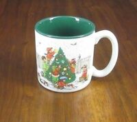 RAGAMUFFINS Christmas Tree Family Choosing Trimming Graphic Coffee Cup/Mug EUC