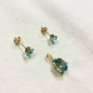 14K SOLID YELLOW GOLD BLUE TOPAZ STUD EARRINGS & PENDANT NECKLACE SET